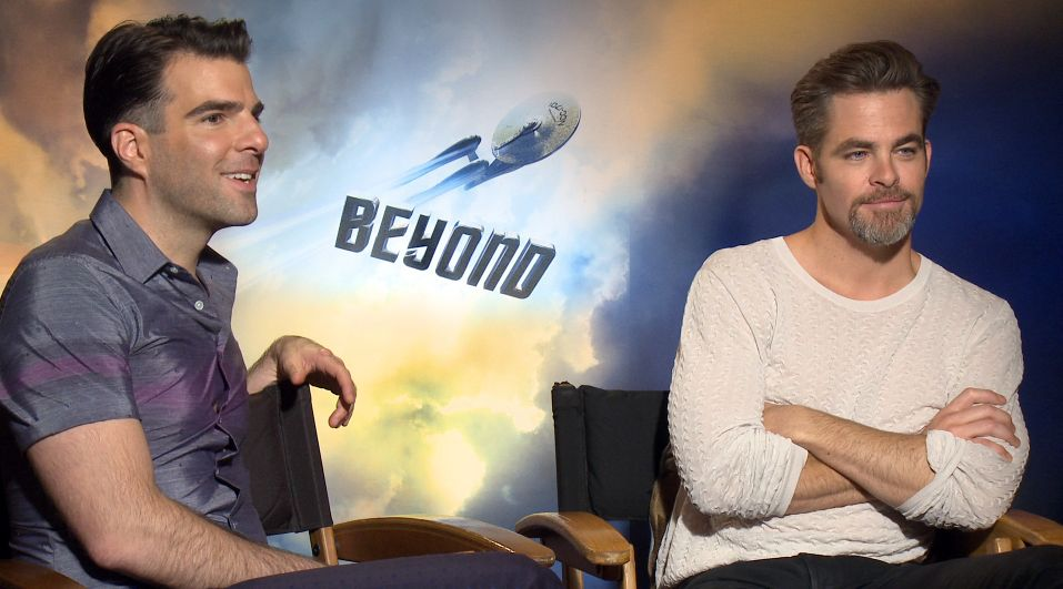 chris pine zachary quinto interview are you dating Zachary levi sendhil ramamurthy zachary quinto maxim party interview with chris pine and zachary quinto for extratv (27409) by vampirequeenxxx 1:50.