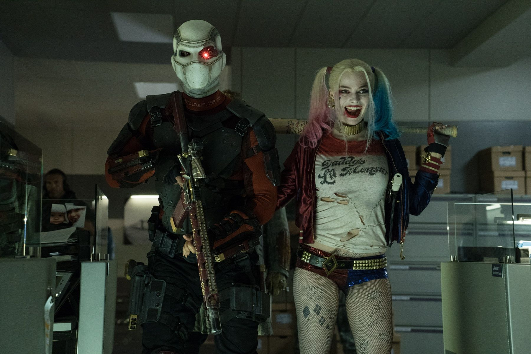 http://cdn.collider.com/wp-content/uploads/2016/07/suicide-squad-will-smith-deadshot-margot-robbie-harley-quinn.jpg
