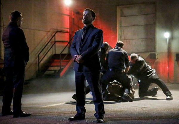 arrow-season-5-premiere-images-david-nykl