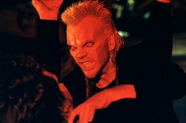 the-lost-boys-kiefer-sutherland