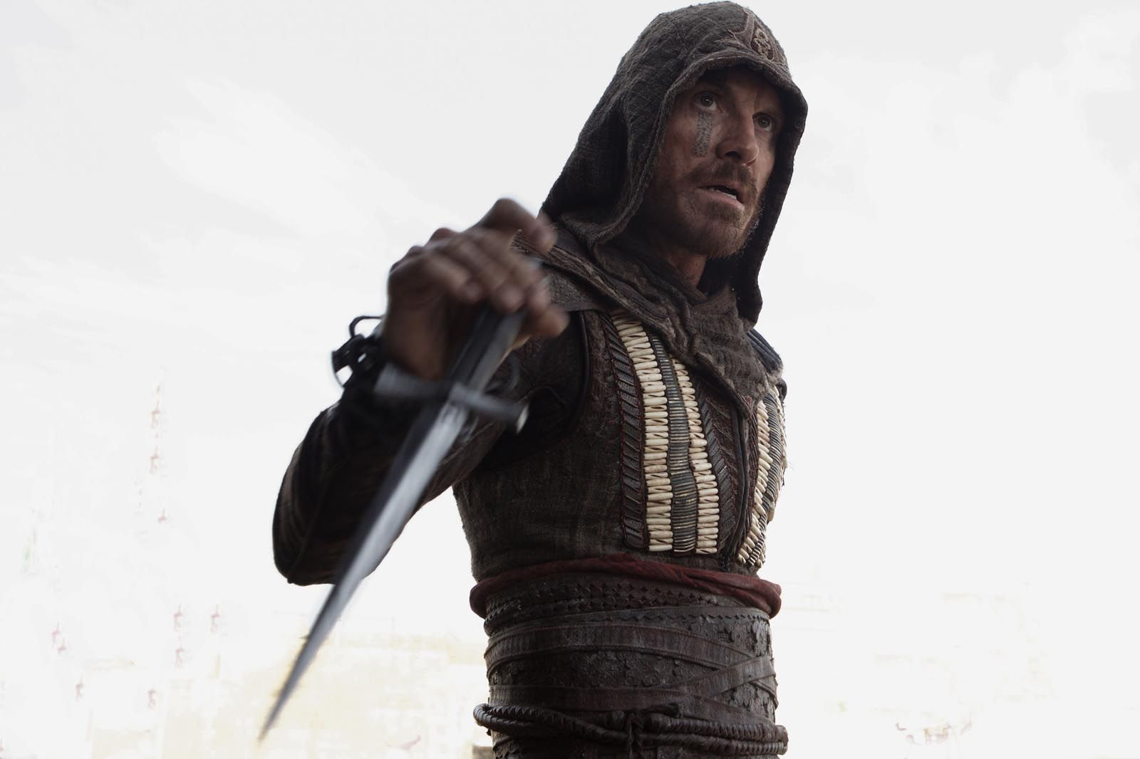 Michael Fassbender Criticizes Assassin S Creed Movie Collider