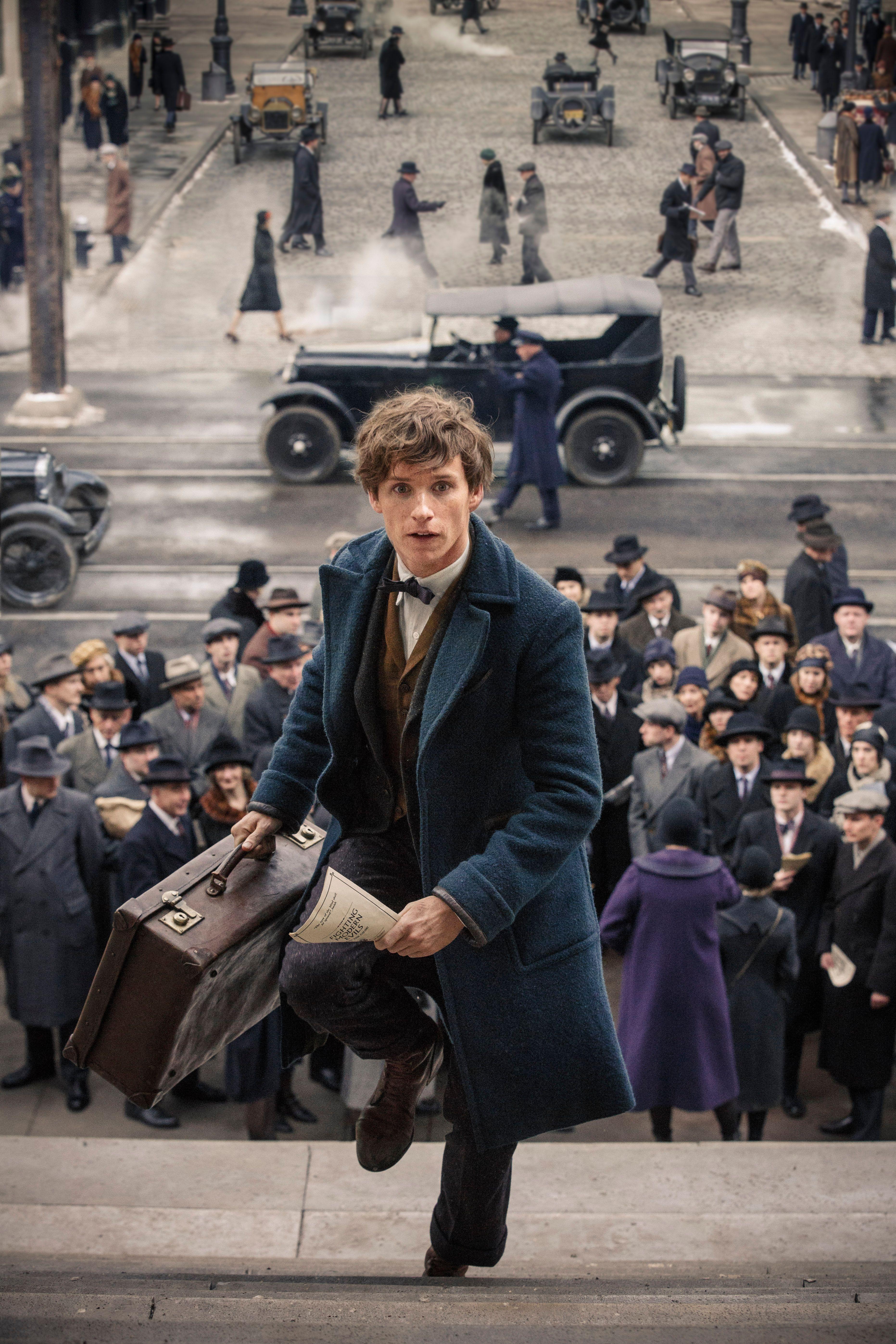 Fantastic Beasts: Eddie Redmayne on Meeting J.K. Rowling ...