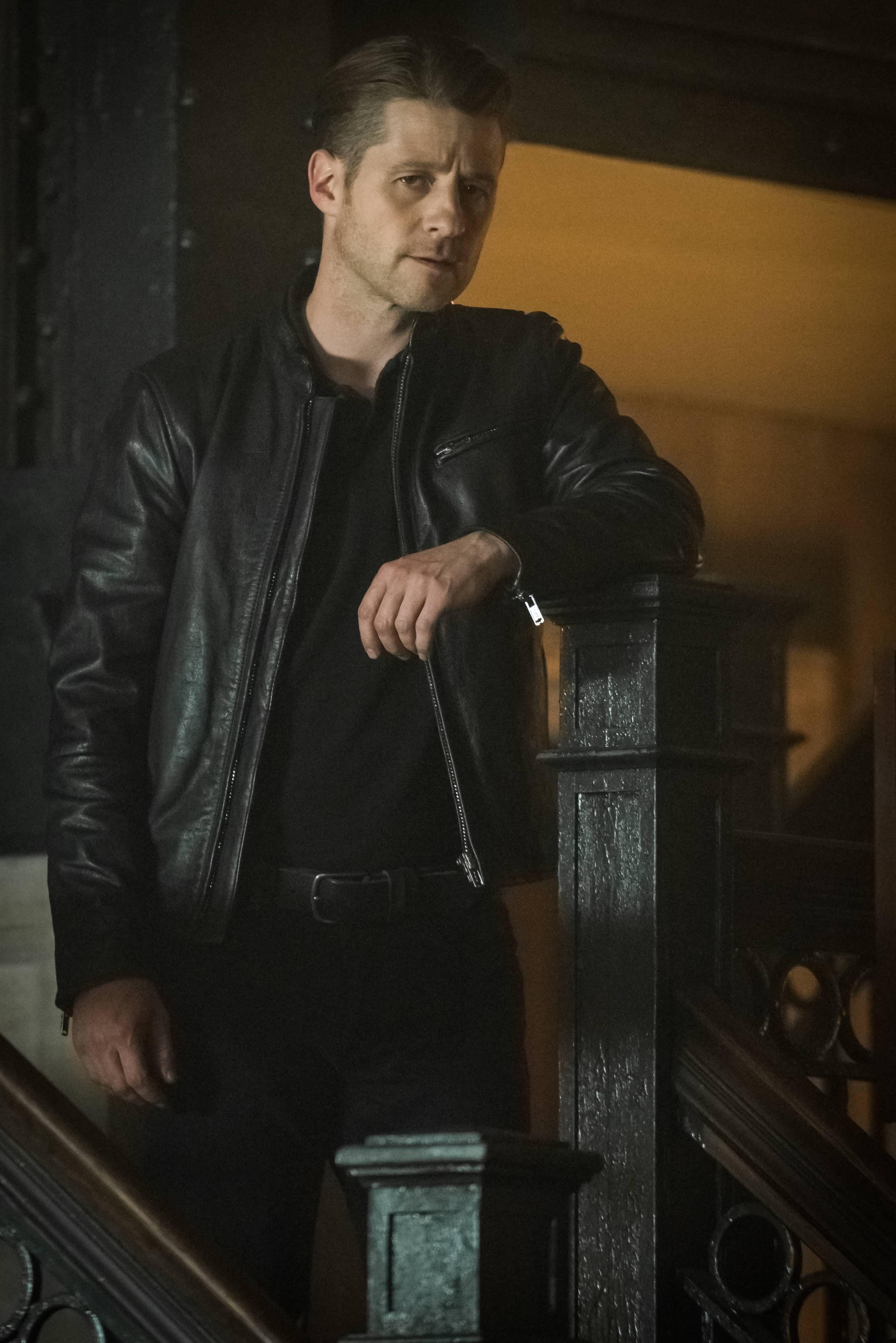 Ben R By Darren Black: Gotham Season 3 Cast On Batman, New Poison Ivy, And More