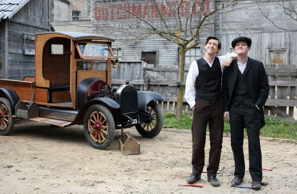 harley-and-the-davidsons-bug-hall-robert-aramayo-01