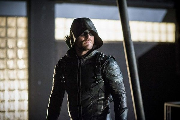 arrow-recap-a-matter-of-trust-stephen-amell-green-arrow