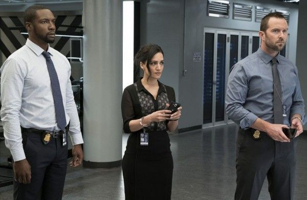 blindspot-season-2-rob-brown-archie-panjabi-sullivan-stapleton