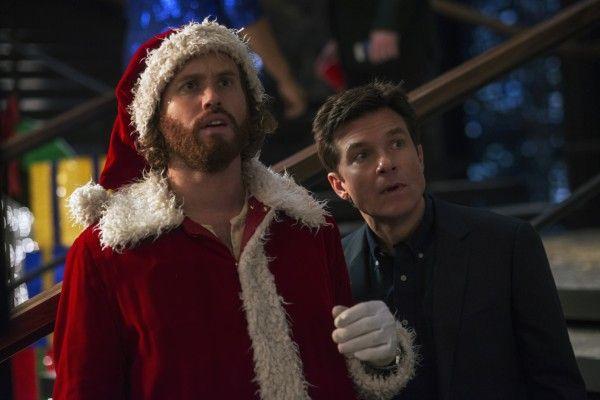 office-christmas-party-jason-bateman-tj-miller