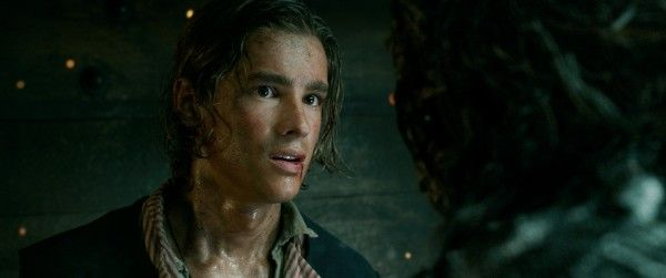 pirates-of-the-caribbean-dead-men-tell-no-tales-brenton-thwaites