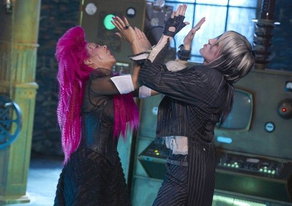 rocky-horror-picture-show-reeve-carney-christina-milian-02