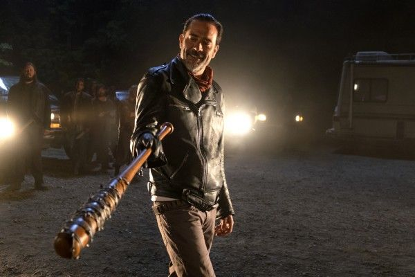 the-walking-dead-season-7-negan-social