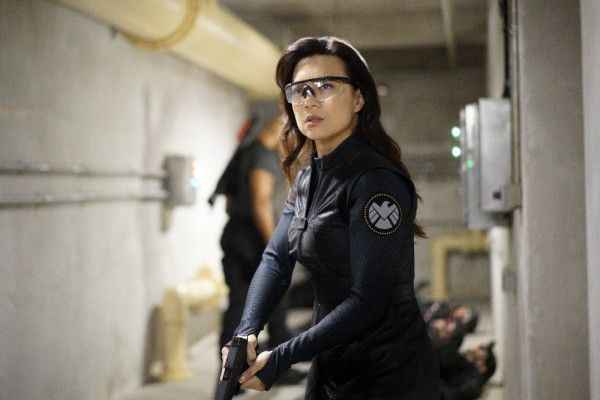 agents-of-shield-season-4-deals-with-our-devils-image-2
