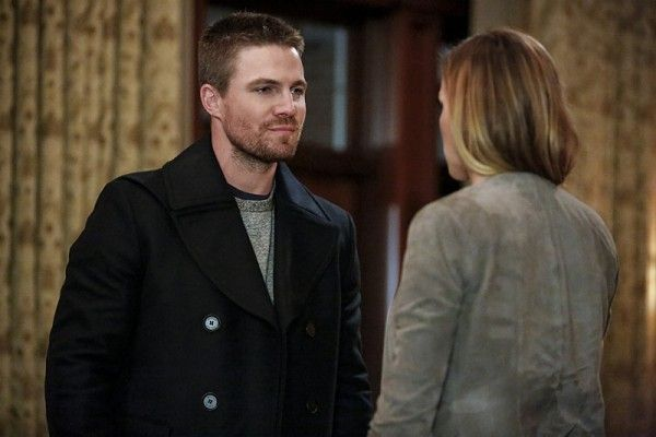 arrow-season-5-invasion-crossover-images-4