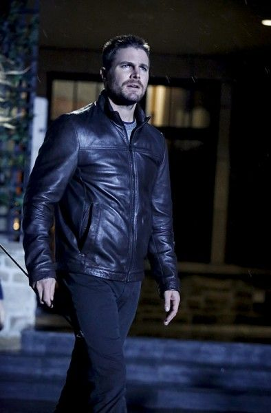 arrow-season-5-invasion-crossover-images-6