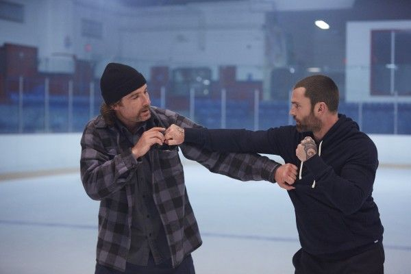 goon-2-liev-schreiber-seann-william-scott