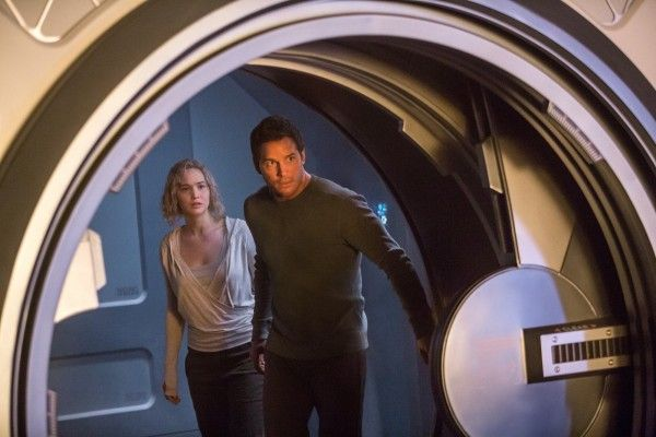 passengers-image-jennifer-lawrence-chris-pratt