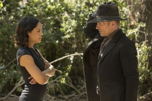 westworld-tessa-thompson-ed-harris