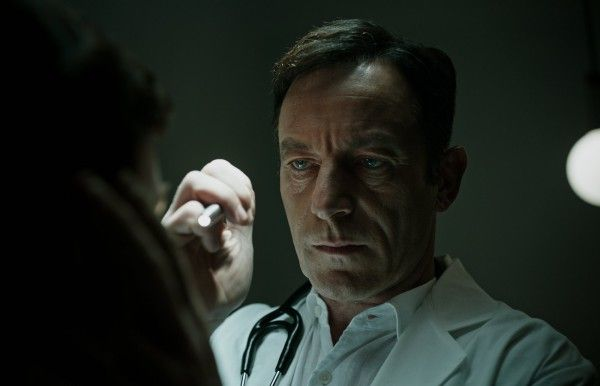 a-cure-for-wellness-image-jason-isaacs