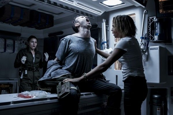 alien-covenant-carmen-ejogo-amy-seimetz