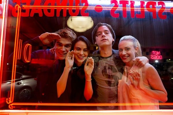 riverdale-cast-image