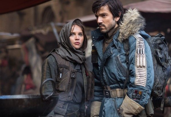 rogue-one-diego-luna-felicity-jones-social