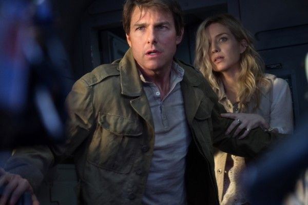 the-mummy-movie-image-tom-cruise-annabelle-wallis