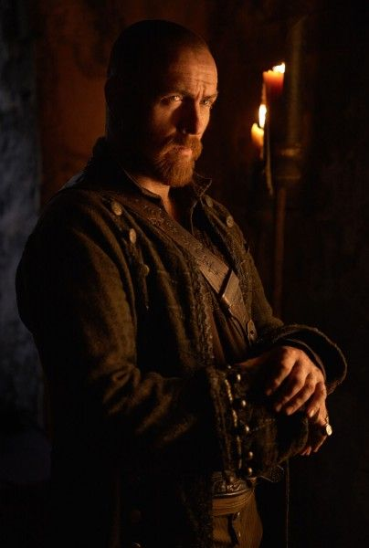 black-sails-season-4-toby-stephens