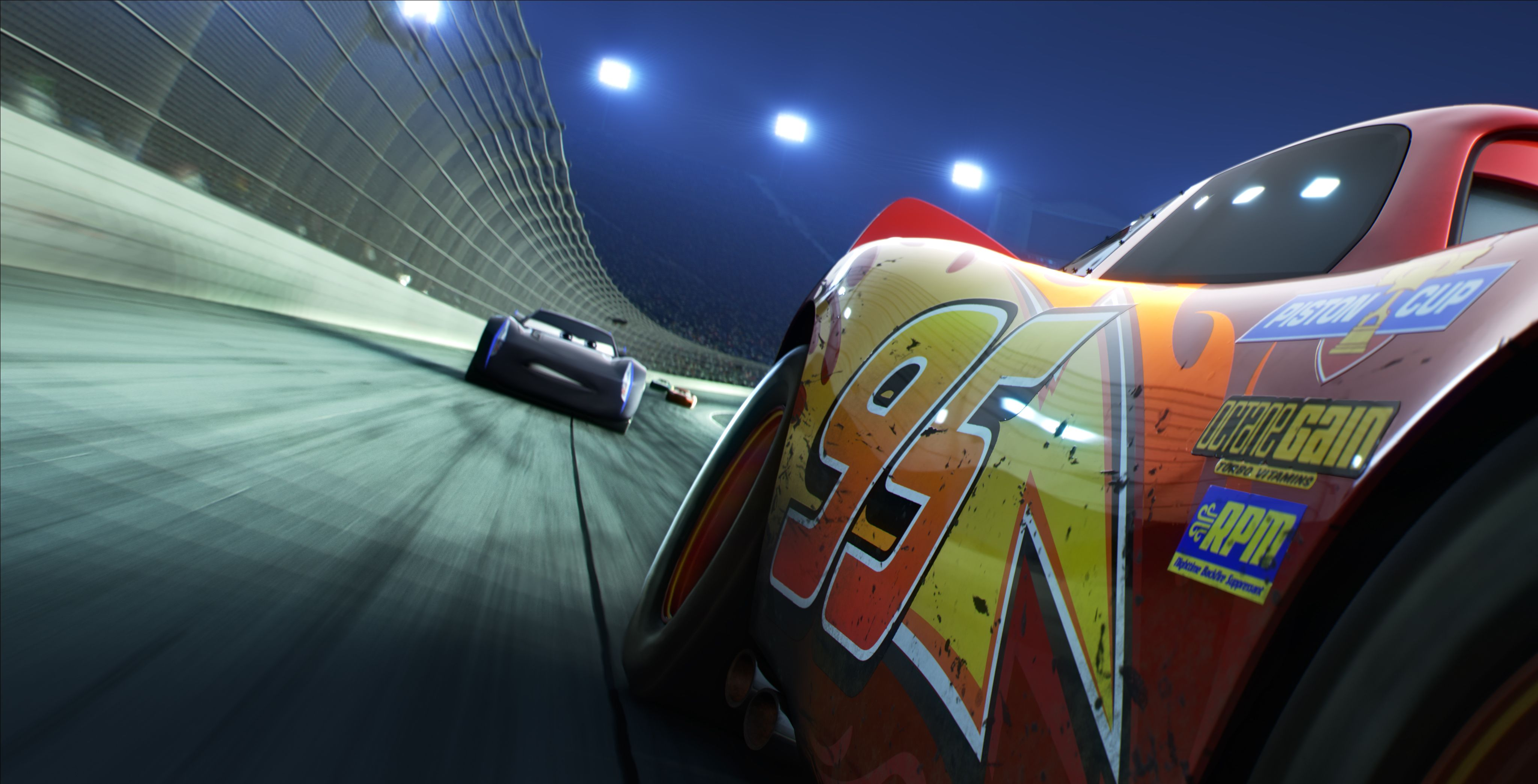 Cars New Trailer Gets Lightning Mcqueen Back On Track Collider