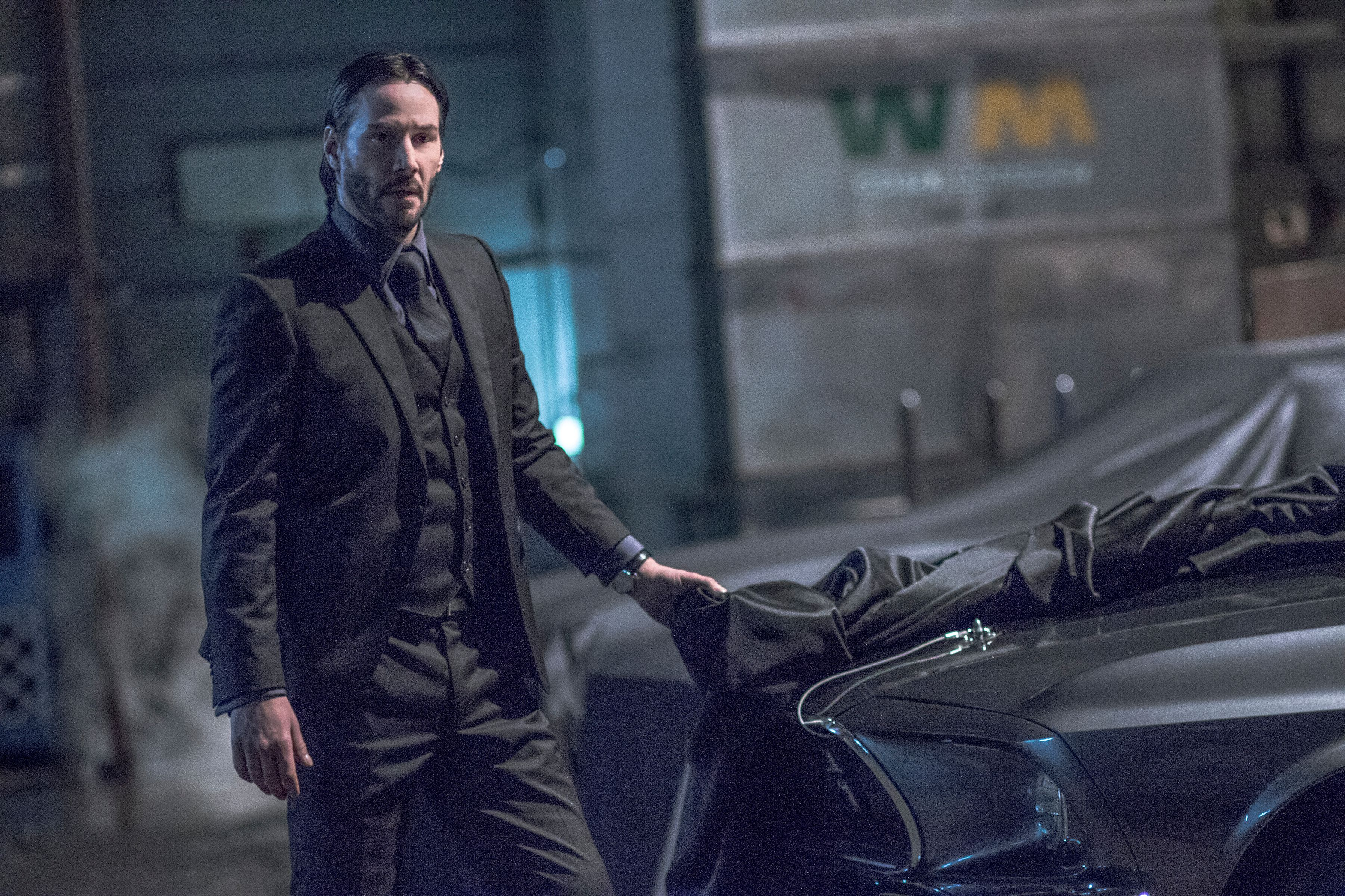 John Wick 2 Images Keanu Reeves Gets Back To Business