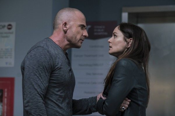 prison-break-season-5-dominic-purcell-sarah-wayne-calles