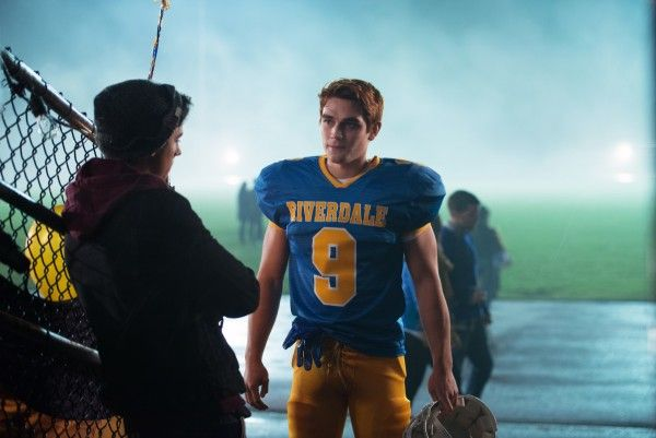 riverdale-evil-touch-image-3