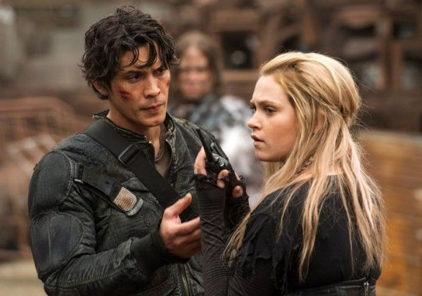 the-100-eliza-taylor-bob-morley-0