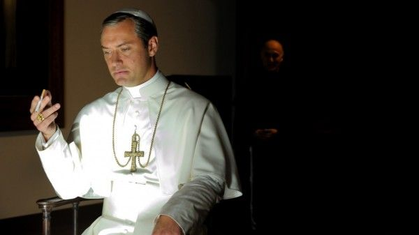 the-young-pope-jude-law-image