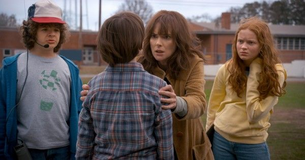 stranger-things-season-2-image-official-2