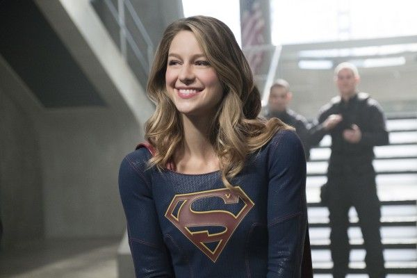 supergirl-season-2-homecoming-image-10