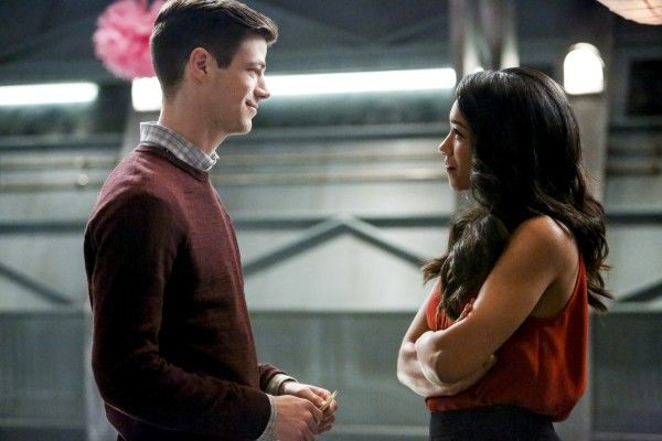 the-flash-season-3-attack-on-central-city-image-9