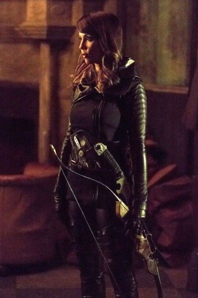 arrow-lexa-doig-03