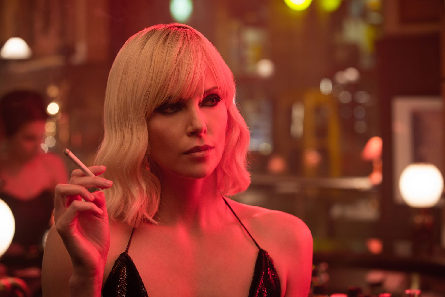 'Atomic Blonde' Review: Mind-Blowing Action, Mind-Numbing Plot