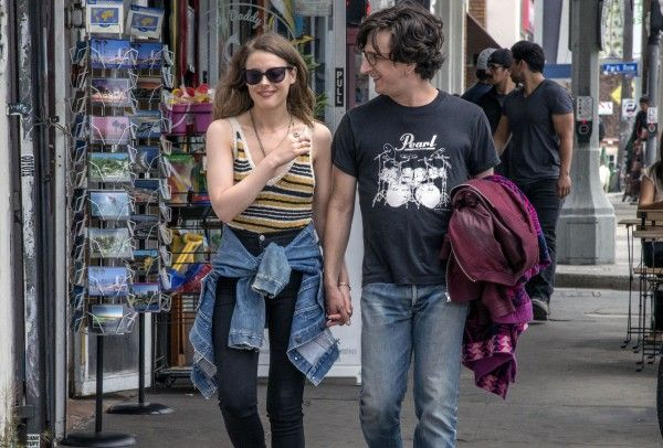 love-gillian-jacobs-paul-rust-01