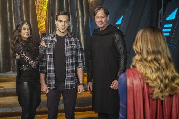 supergirl-season-2-star-crossed-image-2