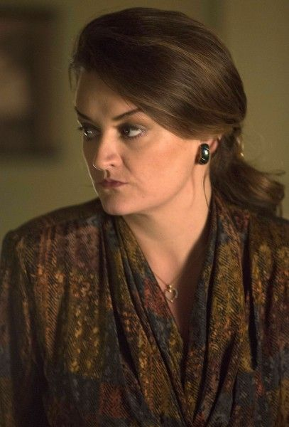 the-americans-alison-wright-02