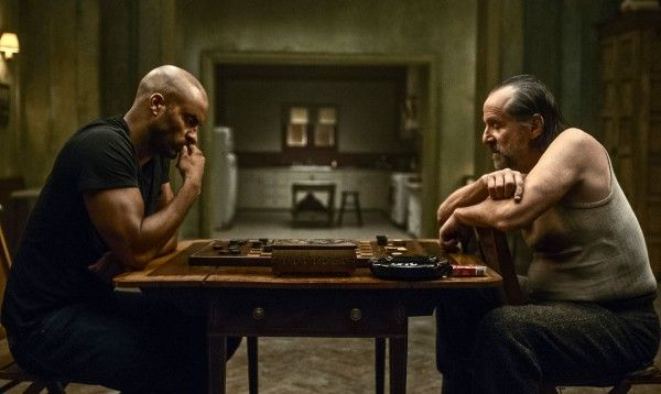 american-gods-ricky-whittle-peter-stormare