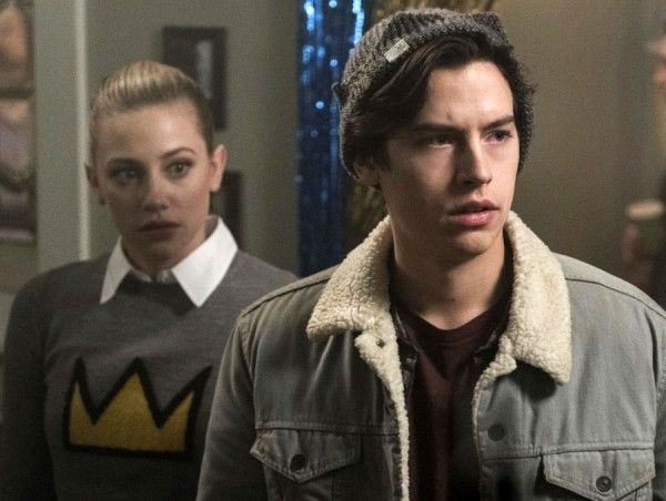 riverdale-cole-sprouse-lili-reinhart-01