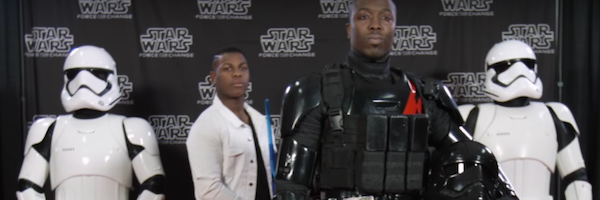 star-wars-john-boyega-photobomb-slice