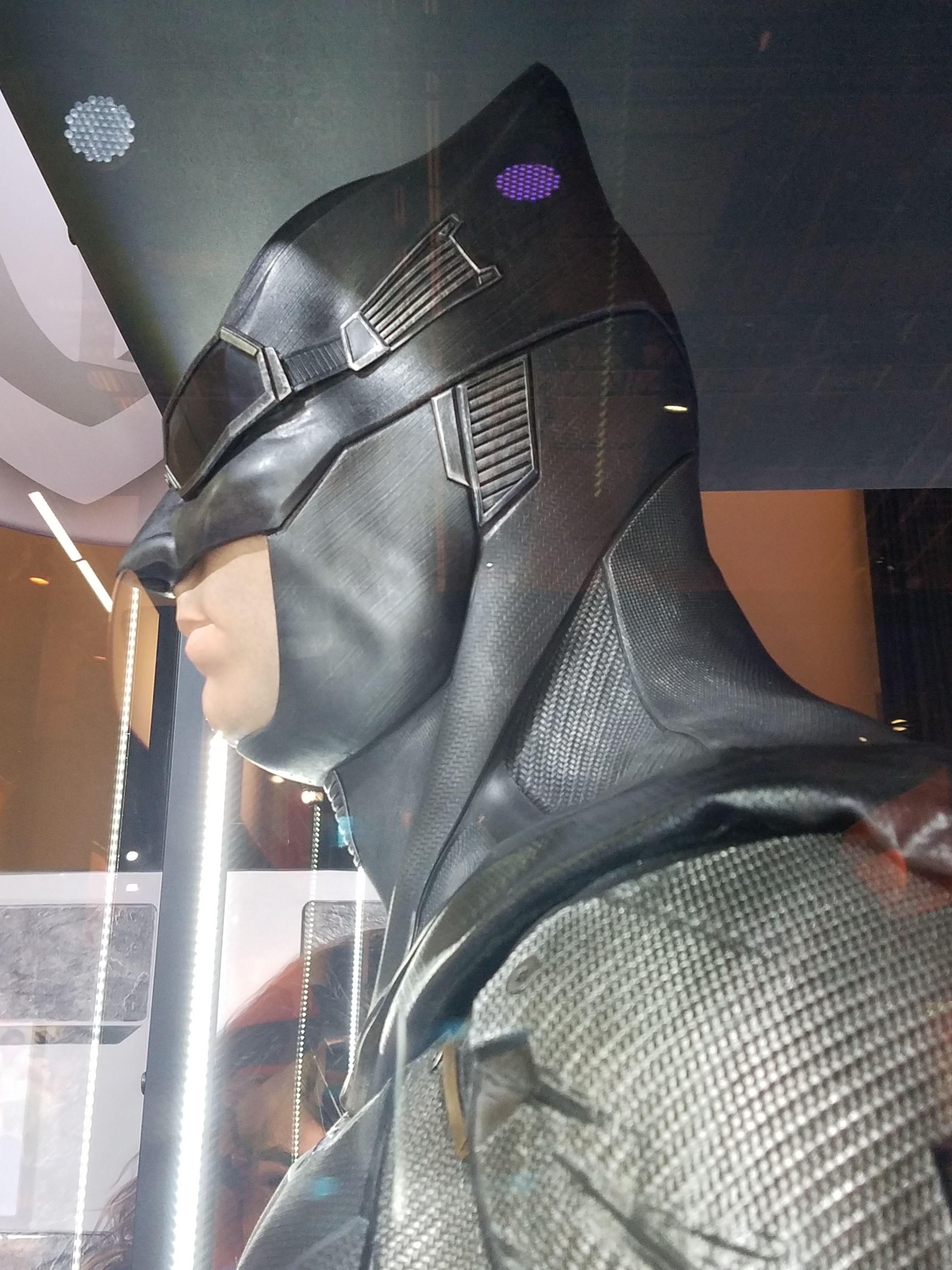batman-costume-expo-image-6.jpg