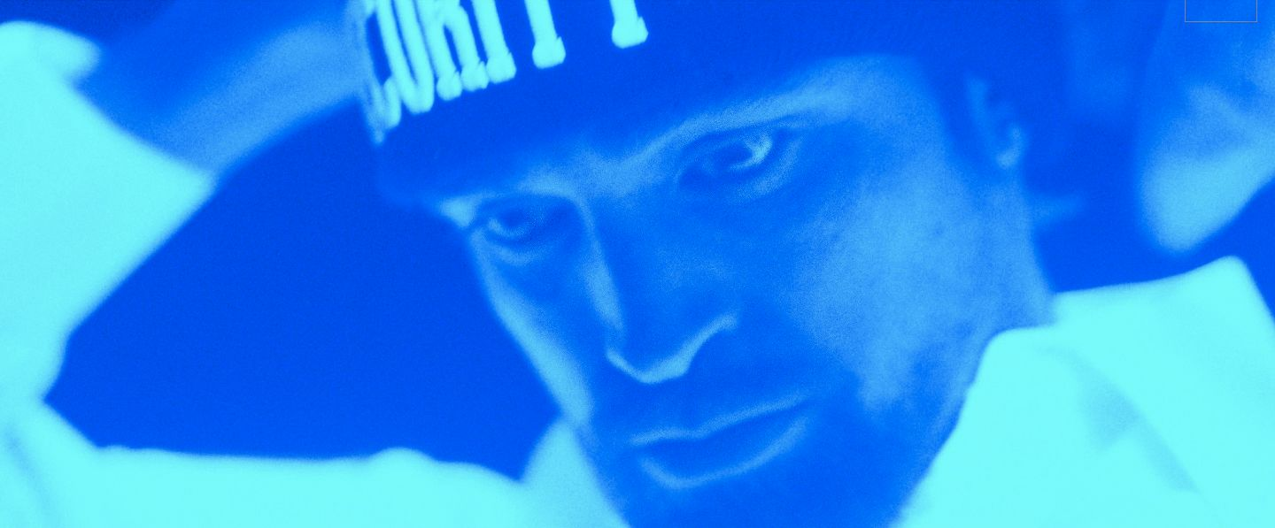 Good Time Review Robert Pattinson Has A Crazy Night Collider