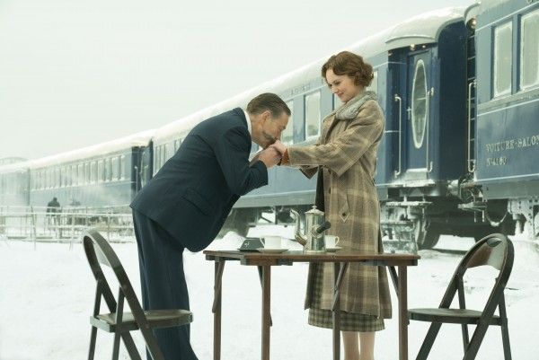 kenneth-branagh-daisy-ridley-murder-on-the-orient-express