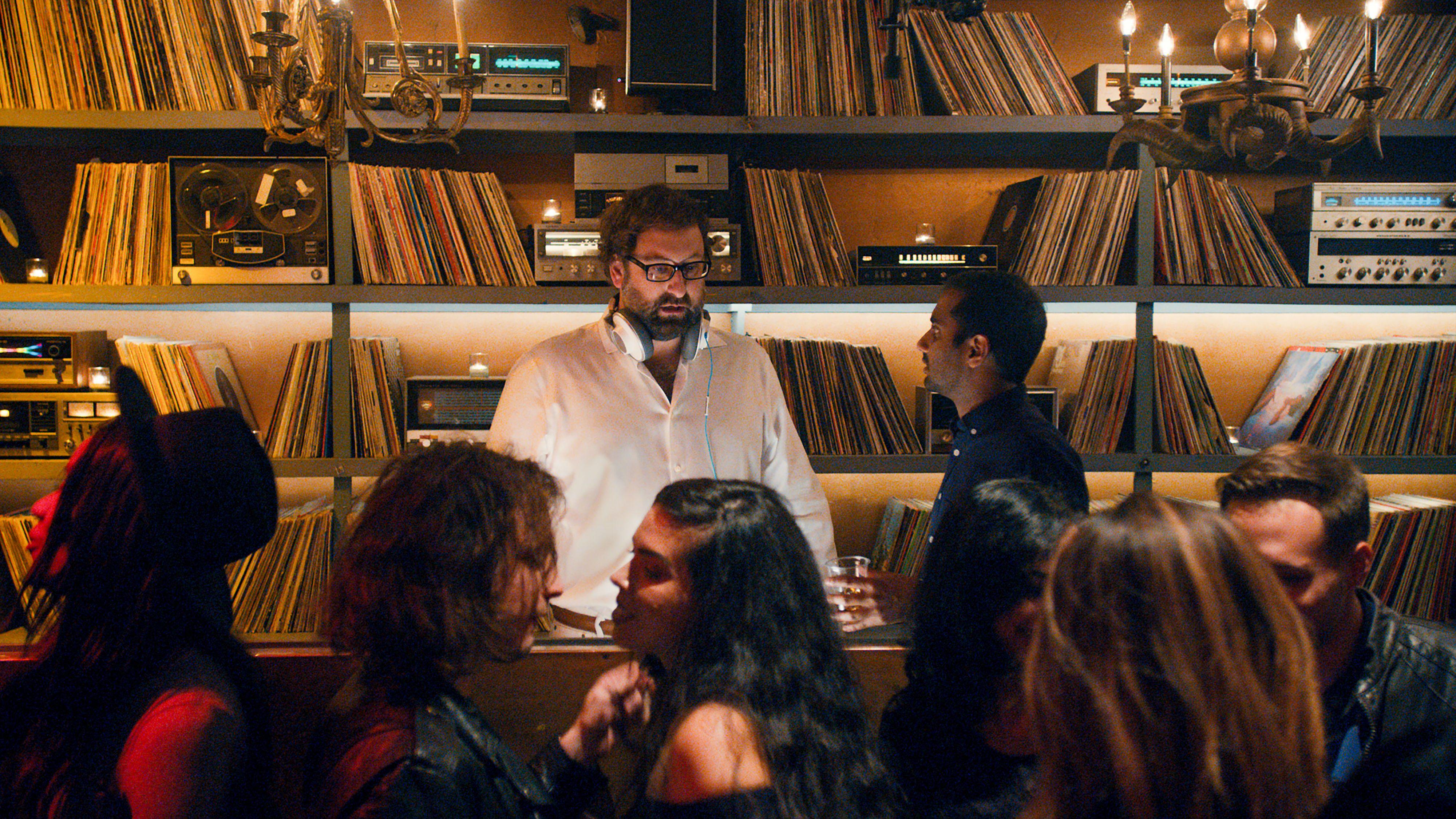 Master Of None Season 2 Review Aziz Ansari Takes To Italy Collider