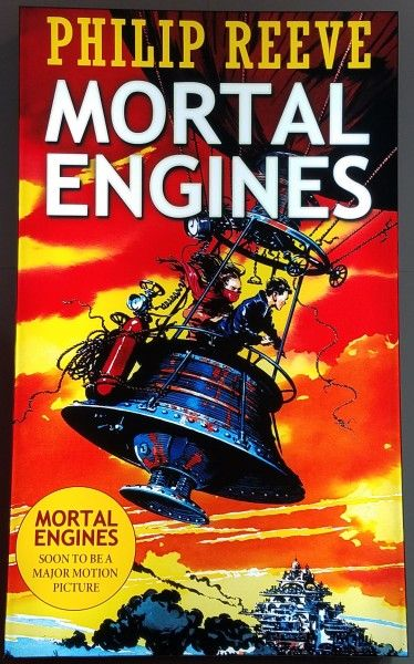 mortal-engines-movie-poster