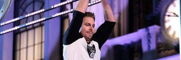 stephen-amell-american-ninja-warrior-slice