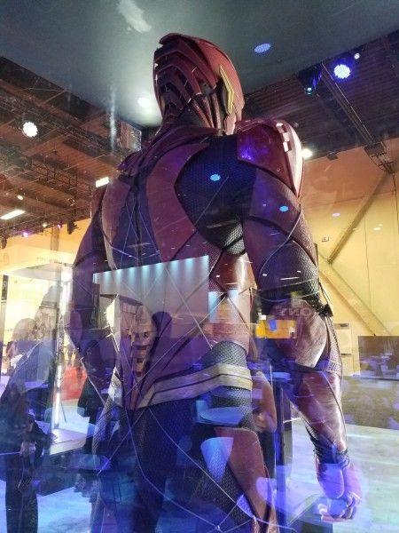 justice-league-flash-costume